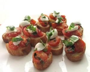 mini toast tomate