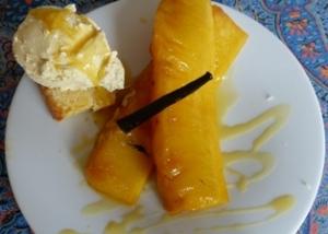 ananas confit à la pulpe de fruit de la passion