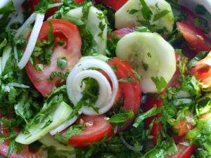salade d'été aux herbes