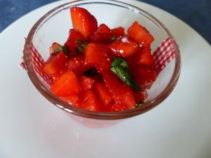 tartare de fraises à la menthe